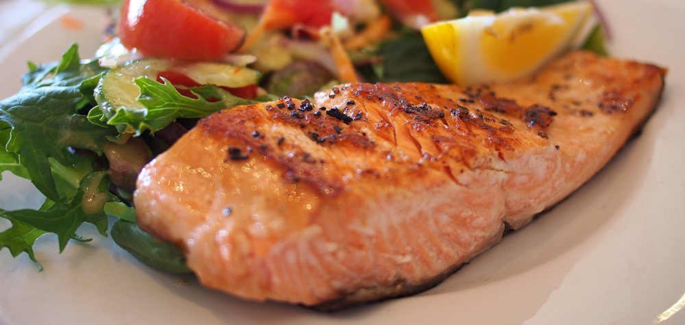 baked-salmon side dish and serving ideas