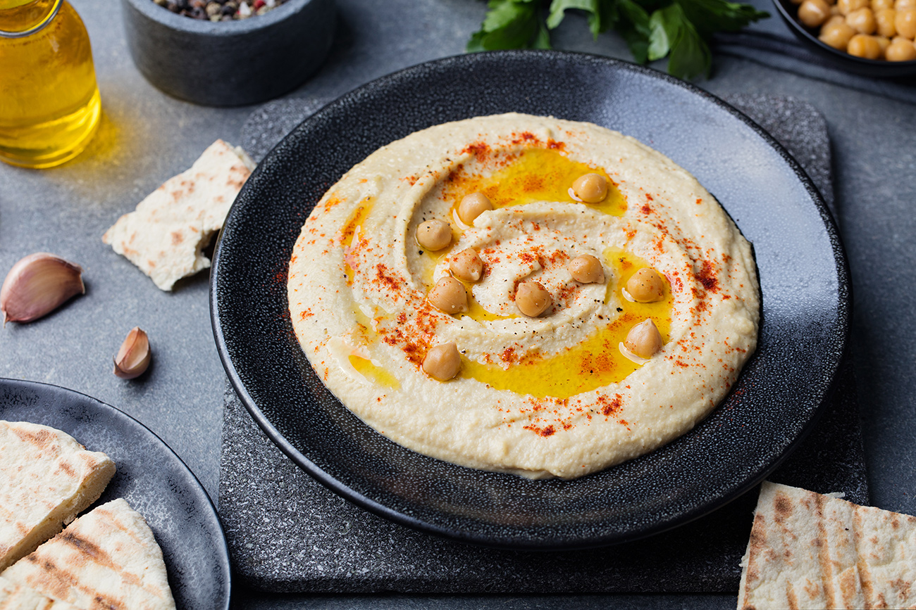 Serving and side dish ideas for hummus