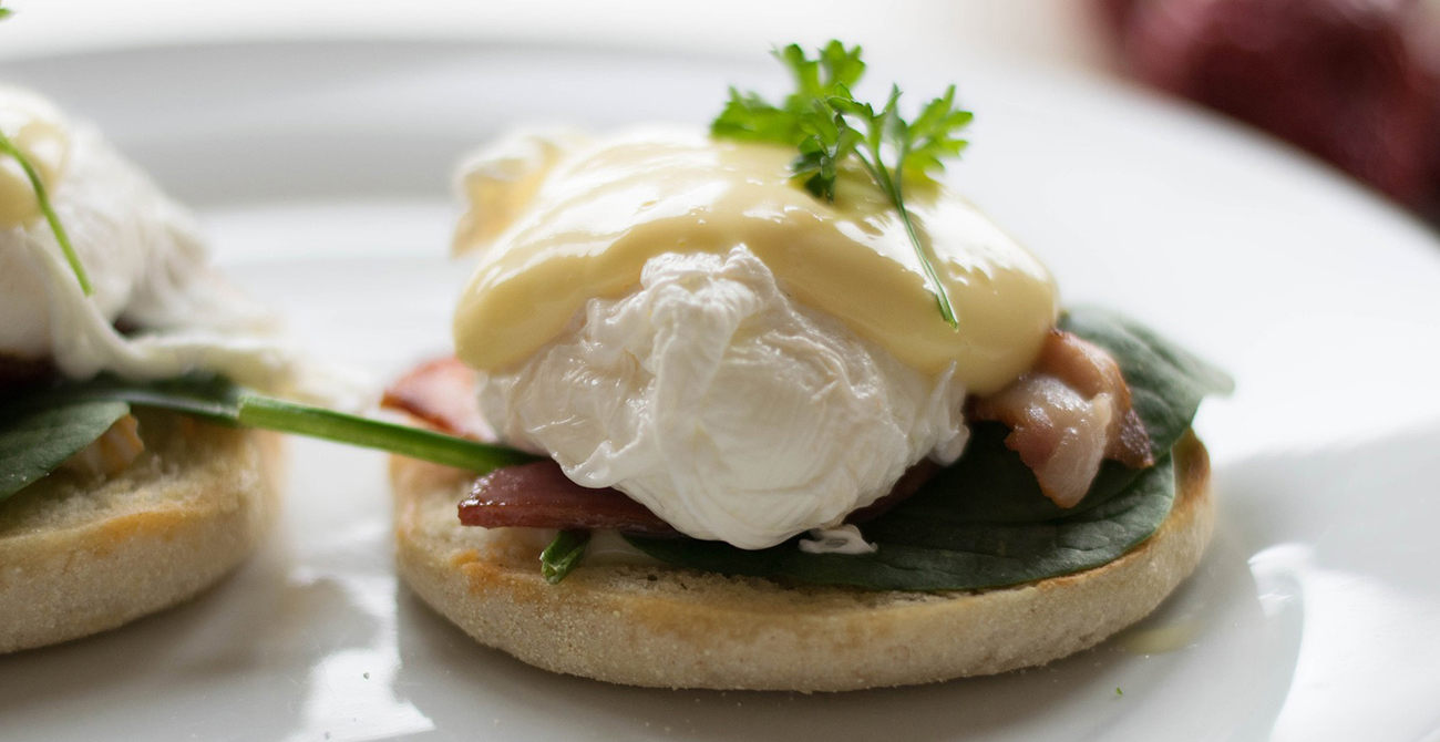 eggs benedict side dish & serving ideas